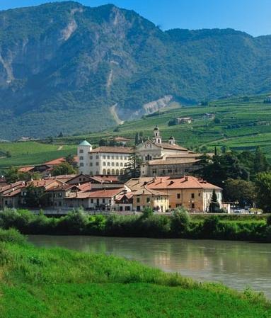 San Michele all'Adige e il fiume Adige